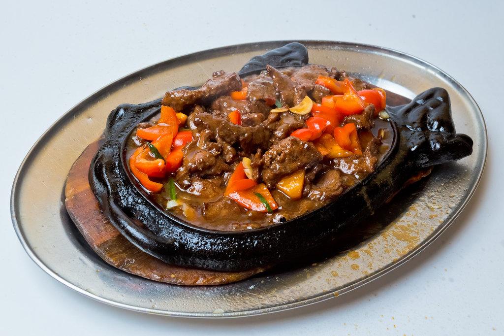 Блюда на огне: Дымящаяся говядина в Шанхай