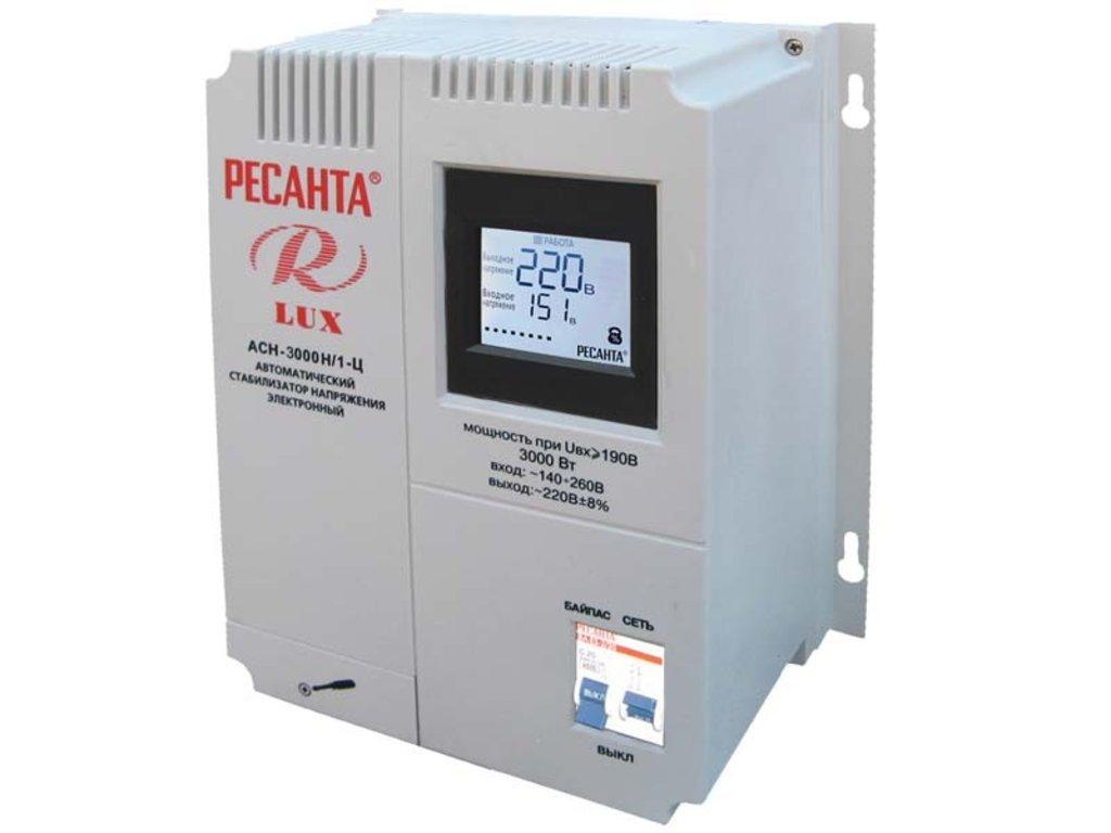 Цифровые настенные серии LUX: Однофазный цифровой настенный стабилизатор серии LUX РЕСАНТА АСН-3000Н/1-Ц в РоторСервис, сервисный центр, ИП Ермолаев Д. И.