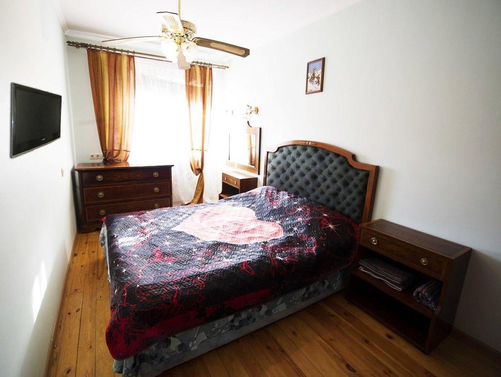 Отели, гостиницы: 3 кв. квартира посуточно в Риконе