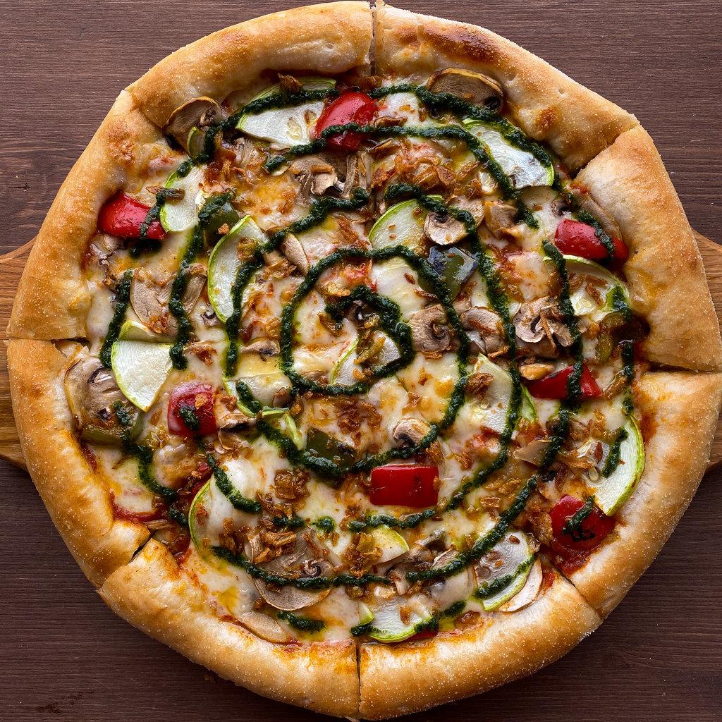 Пицца: С овощами и соусом песто в Пиццуля Кемерово
