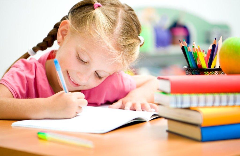 Дошкольное образование детей: Подготовка руки к письму в Нолики, школа эстетического воспитания