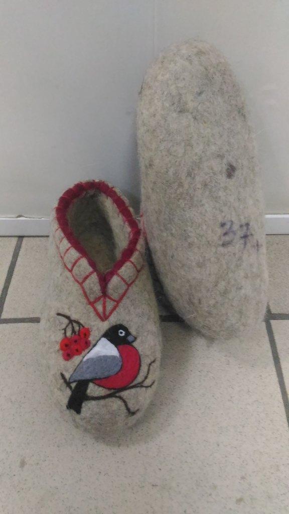 Унты, валенки, чуни мужские: Валяные тапочки с обшивкой и с рисунком (без подошвы) в Сельский магазин