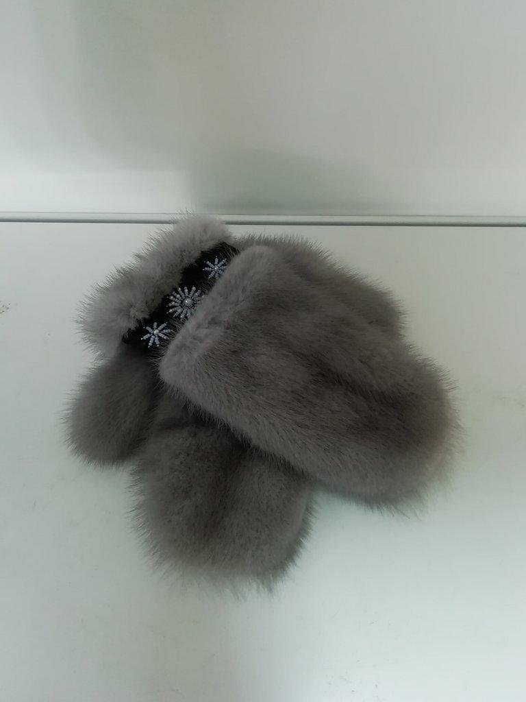 Изделия из натурального меха и кожи (перчатки, варежки, тапочки): Варежки из меха норки в Сельский магазин