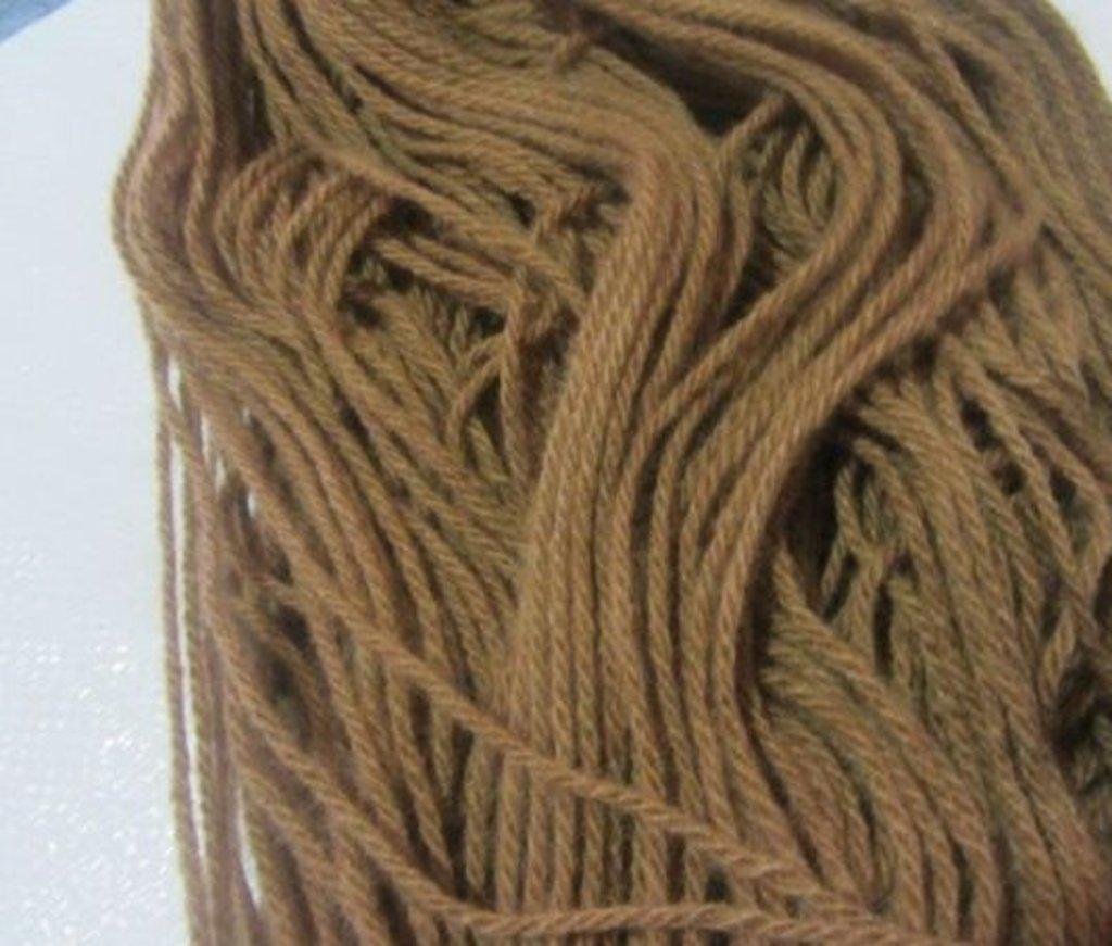 Кисловодск: Пряжа 100% акрил(цвет:орех)уп/10шт.450гр. в Редиант-НК