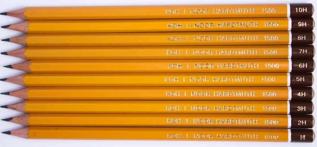 Чернографитные карандаши: Карандаш чернографитный KOH-I-NOOR 1500 H 1шт в Шедевр, художественный салон