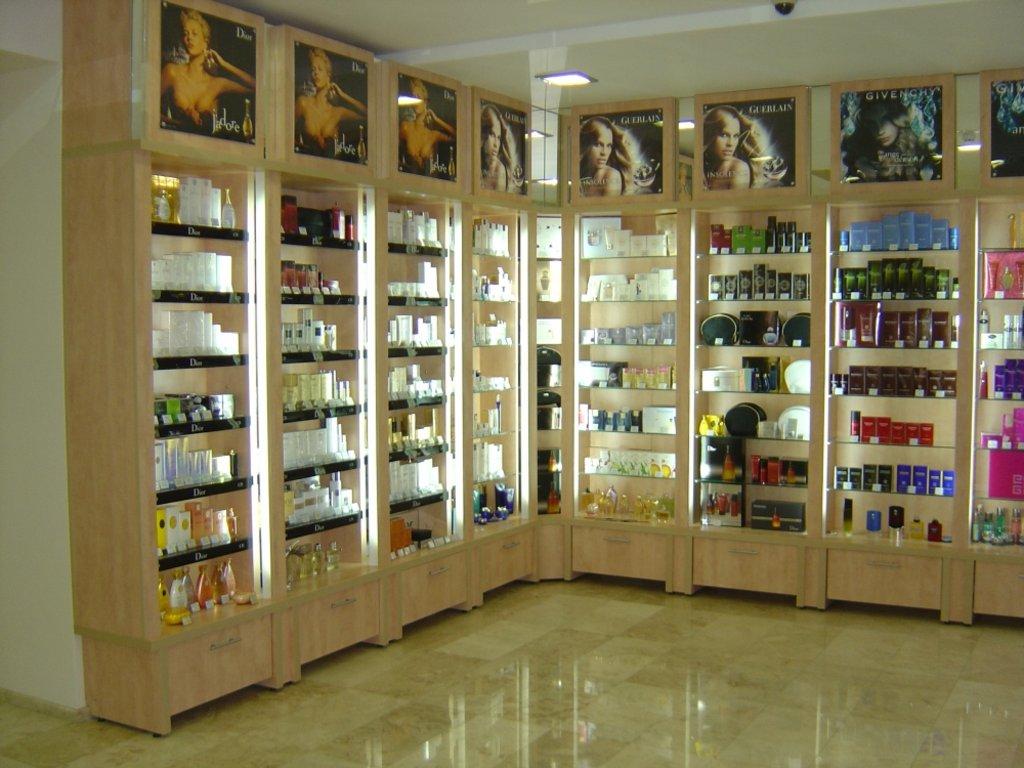 Торговое оборудование на заказ: Торговый отдел в Студия Мебели