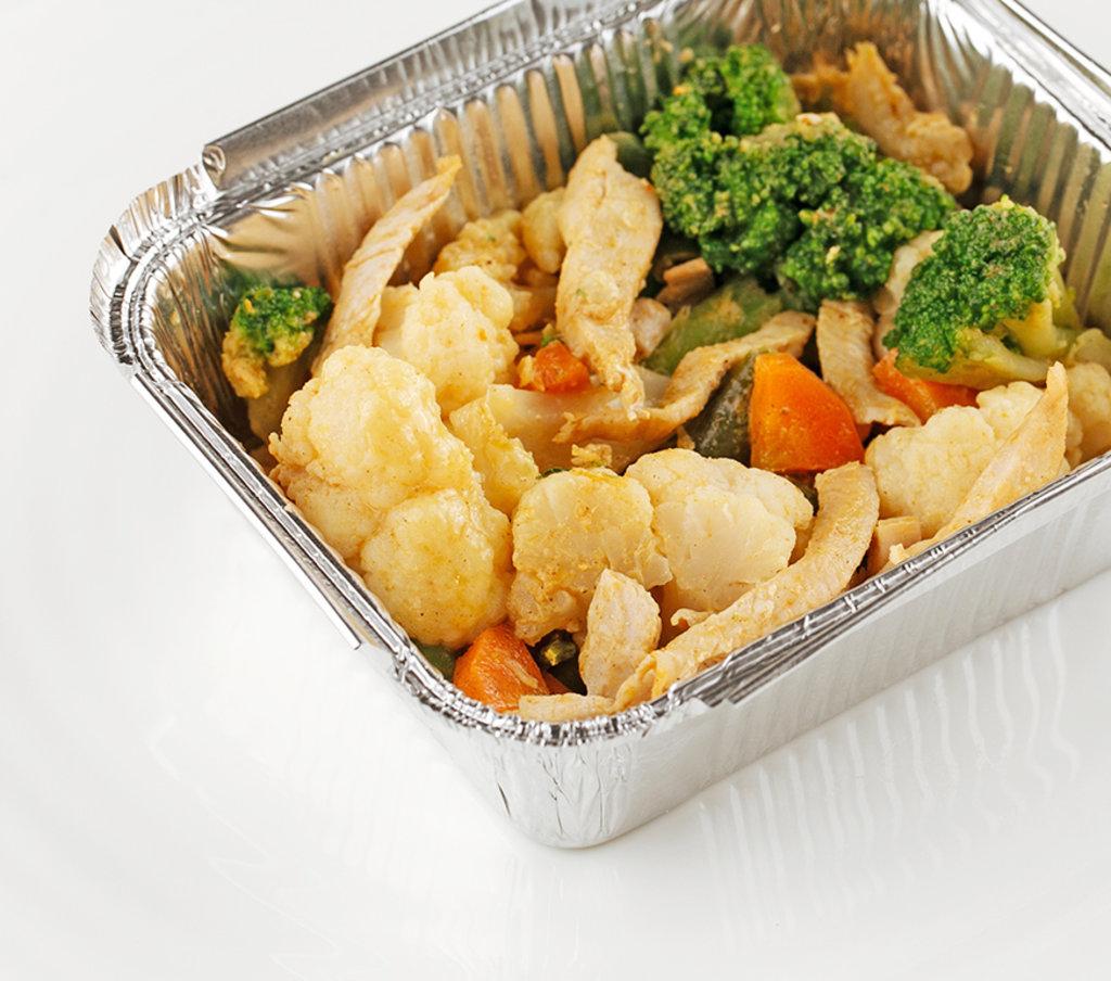 Горячее: Курица с овощами в кокосовом молоке в Провиант