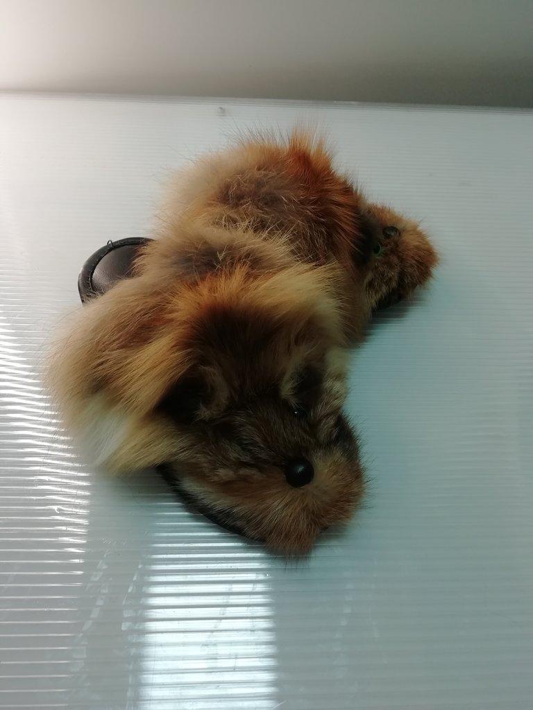 Изделия из натурального меха и кожи (перчатки, варежки, тапочки): Тапочки из меха лисы в Сельский магазин