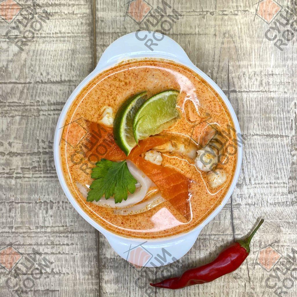 Супы: Том Ям Тхале в Суши Room