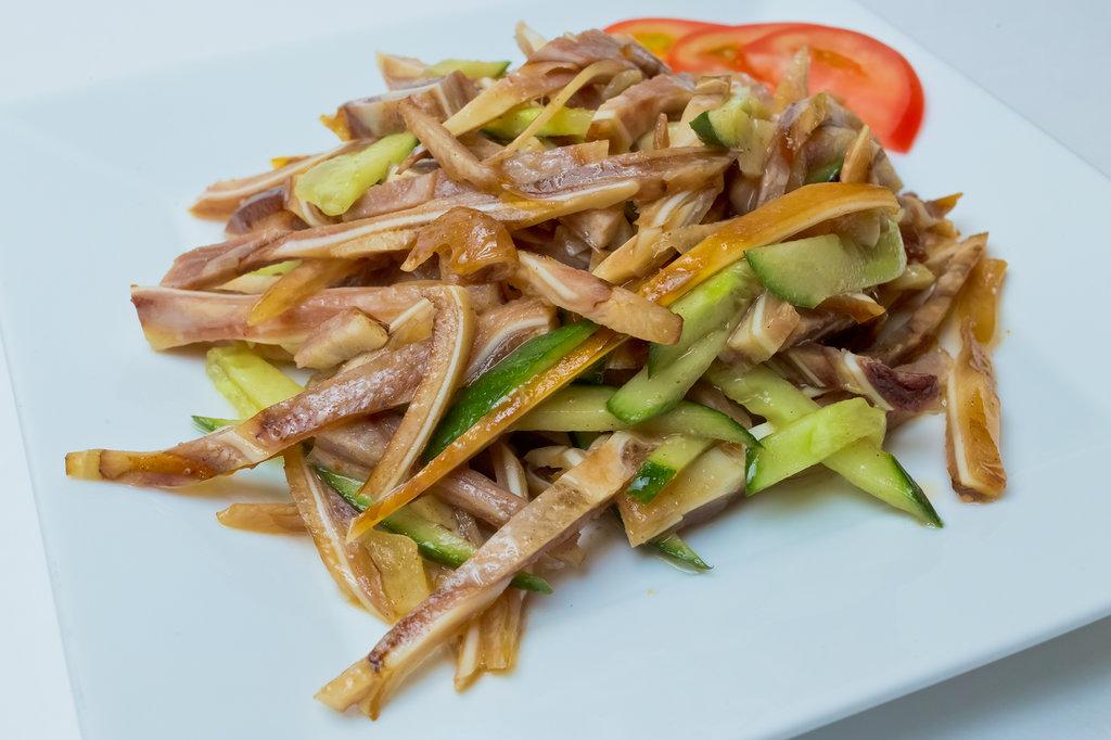 Закуски: Салат из свиных ушей в Шанхай