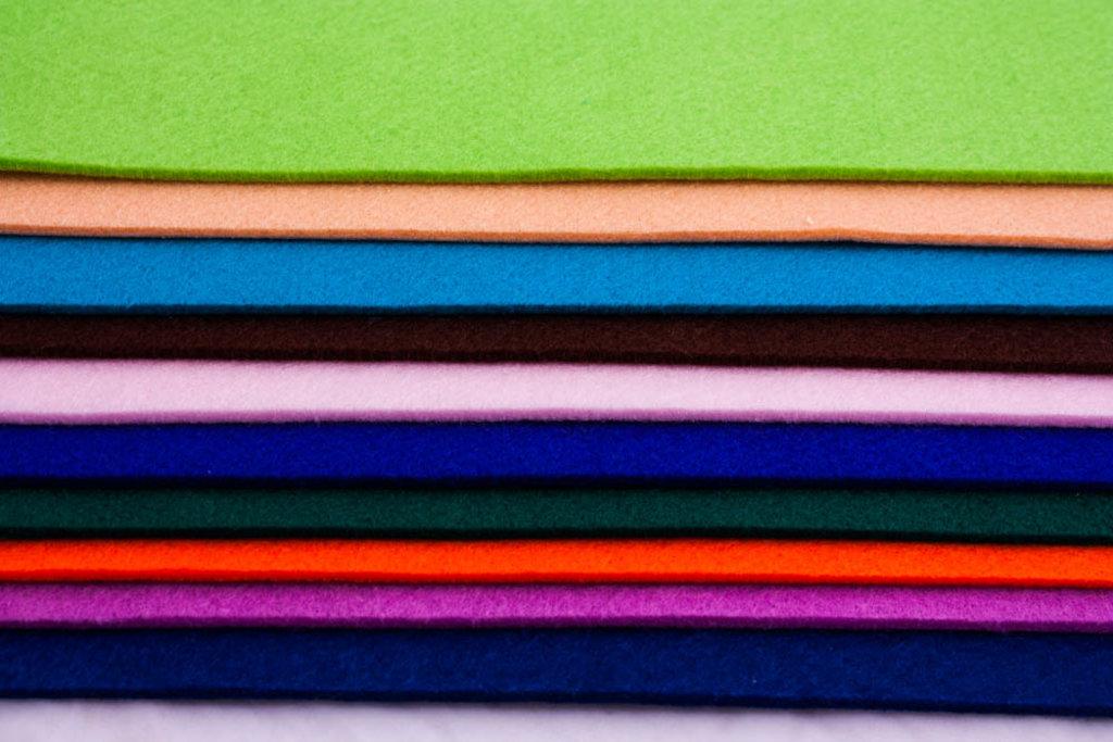 Фетр: Folia Фетр 3,5мм 30*45см чёрный 1лист в Шедевр, художественный салон