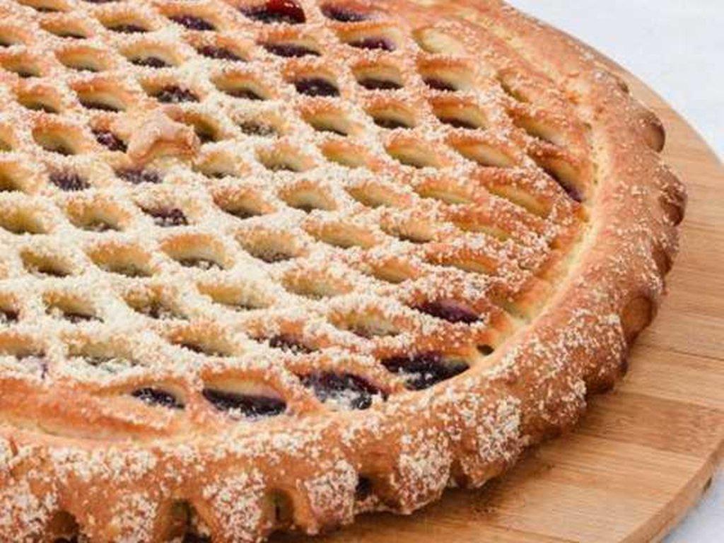 Сладкие: Пирог с черной смородиной в Провиант
