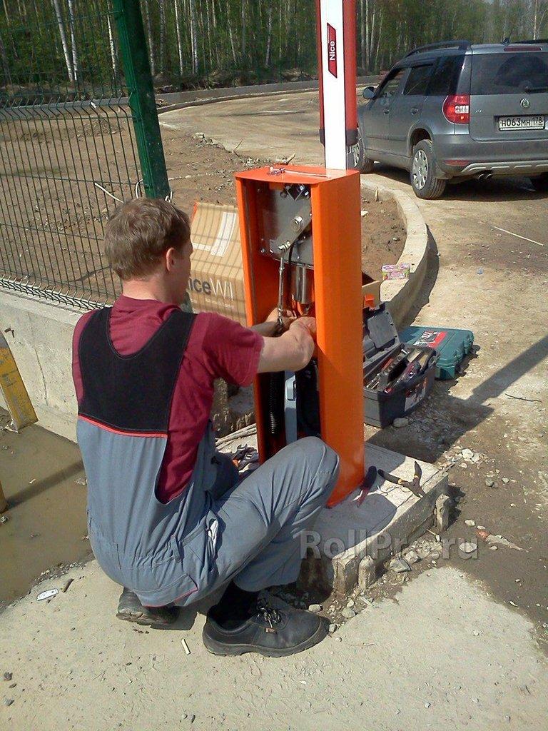 Услуги: Монтаж автоматического шлагбаума с бетонным основанием в АБ ГРУПП