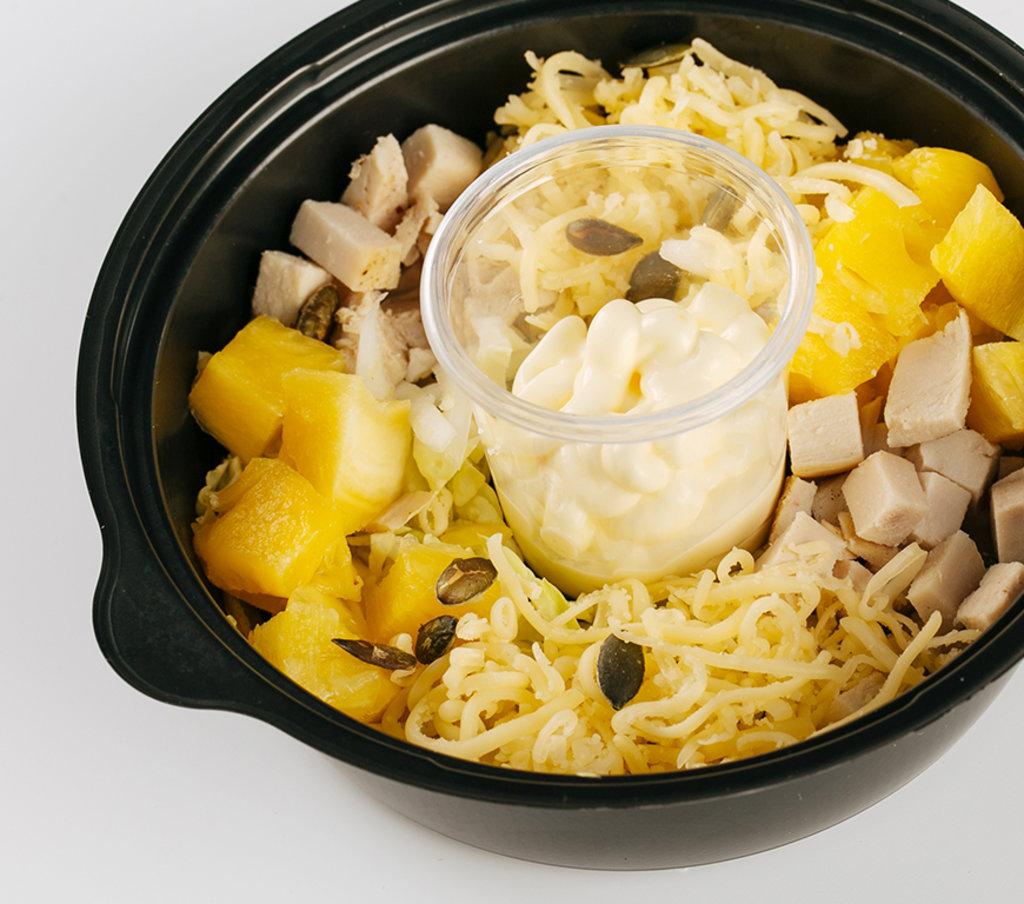 Салаты: Салат с курицей и ананасами в Провиант