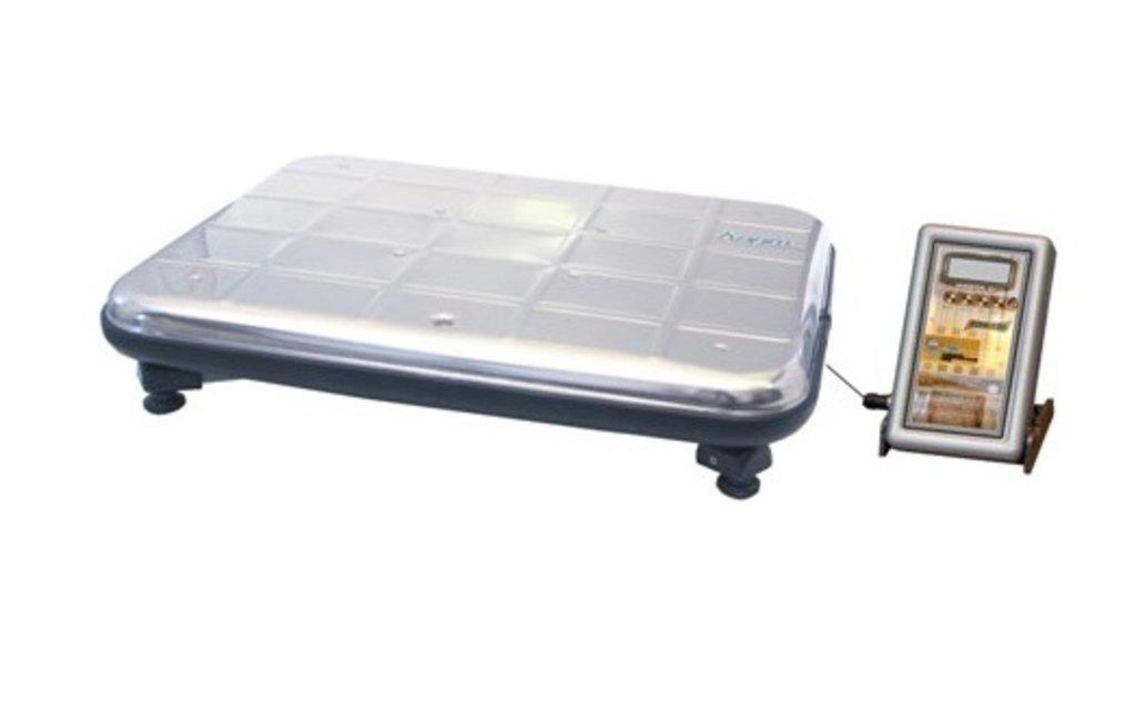 Весы торговые электронные: Торговые весы электронные Твес ВЭУ-150-50/100-А-Д-У в Техномед, ООО