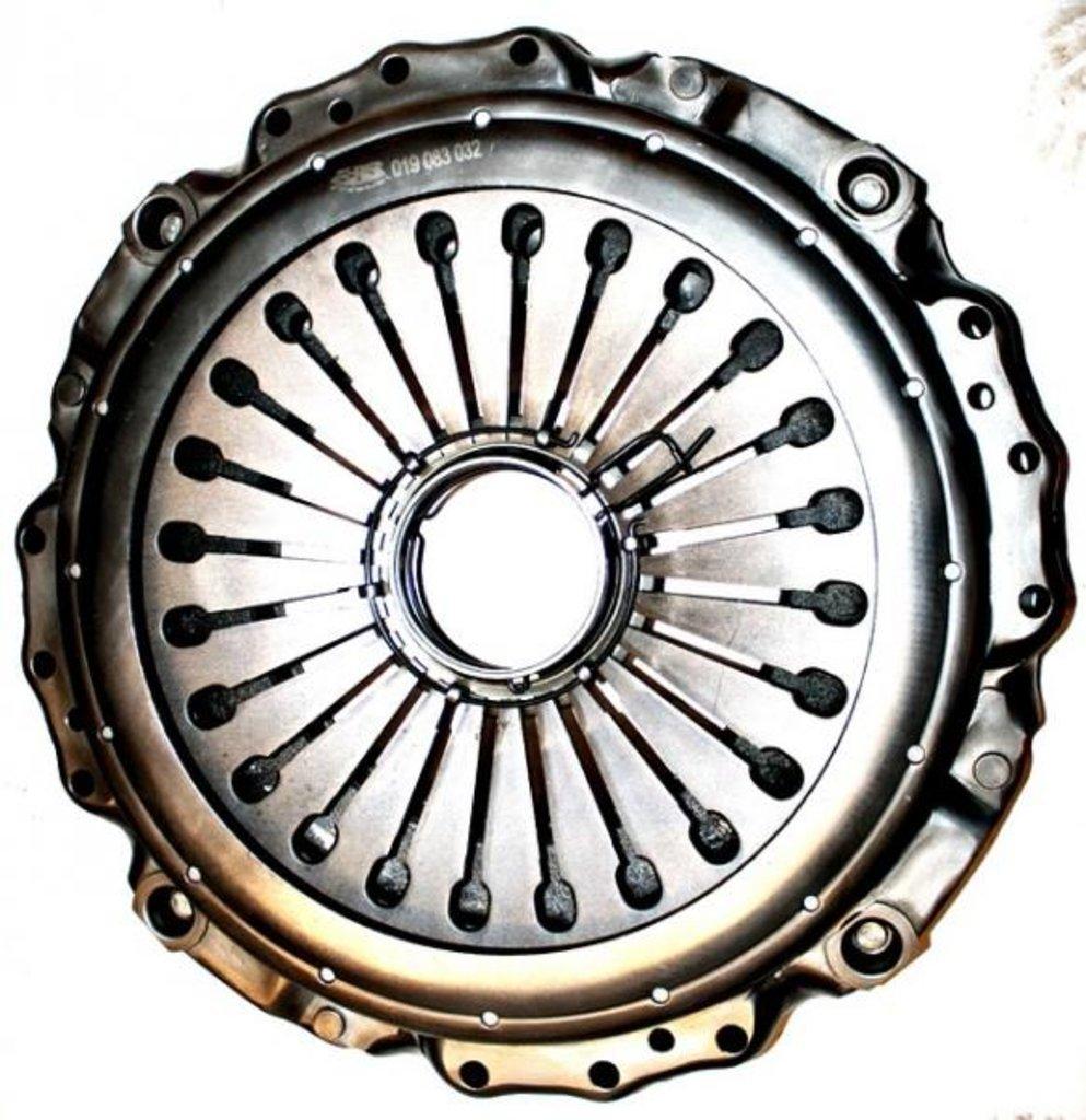 Автозапчасти для грузовых автомобилей: Корзина сцепления в Автотехснаб, автозапчасти и сервис для грузовиков и спецтехники
