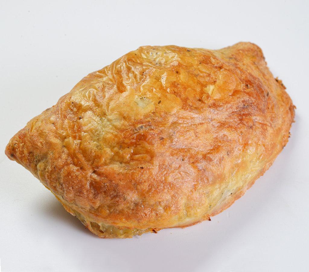 Восточные блюда: Пирожок печеный с мясом и баклажанами в Провиант
