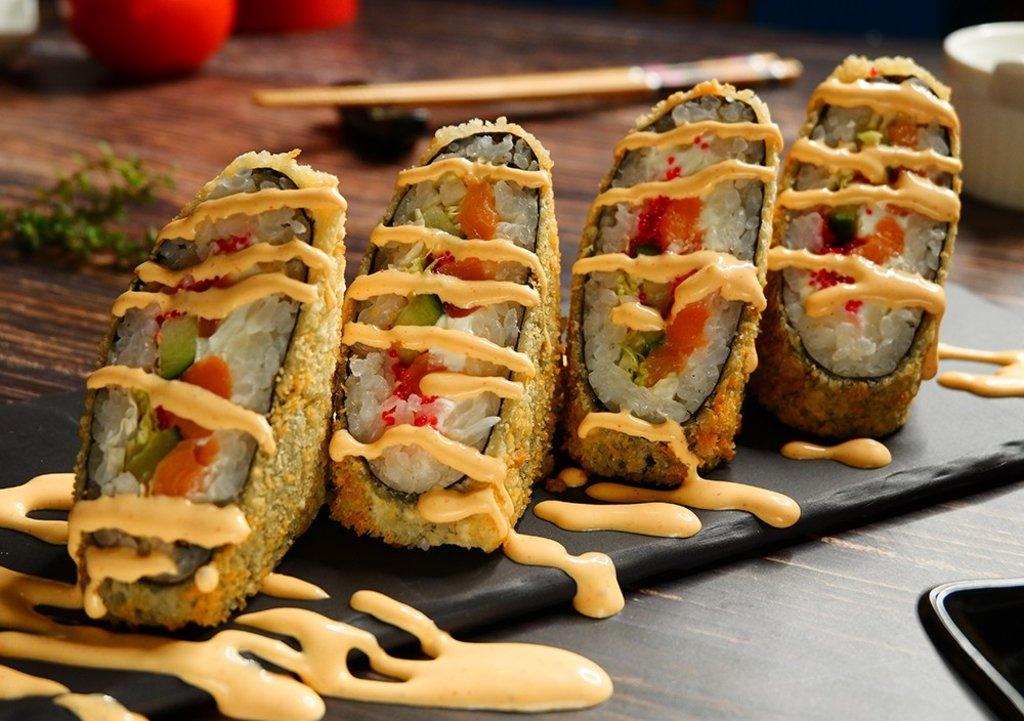 Сендвич роллы: Сяке сендвич в СУШИ БАНДА