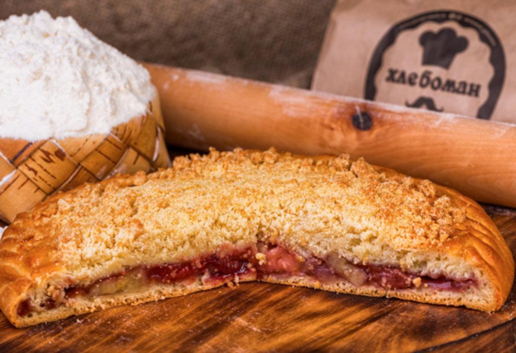Сладкие пироги: Пирог с клубникой и бананом в Хлебоман