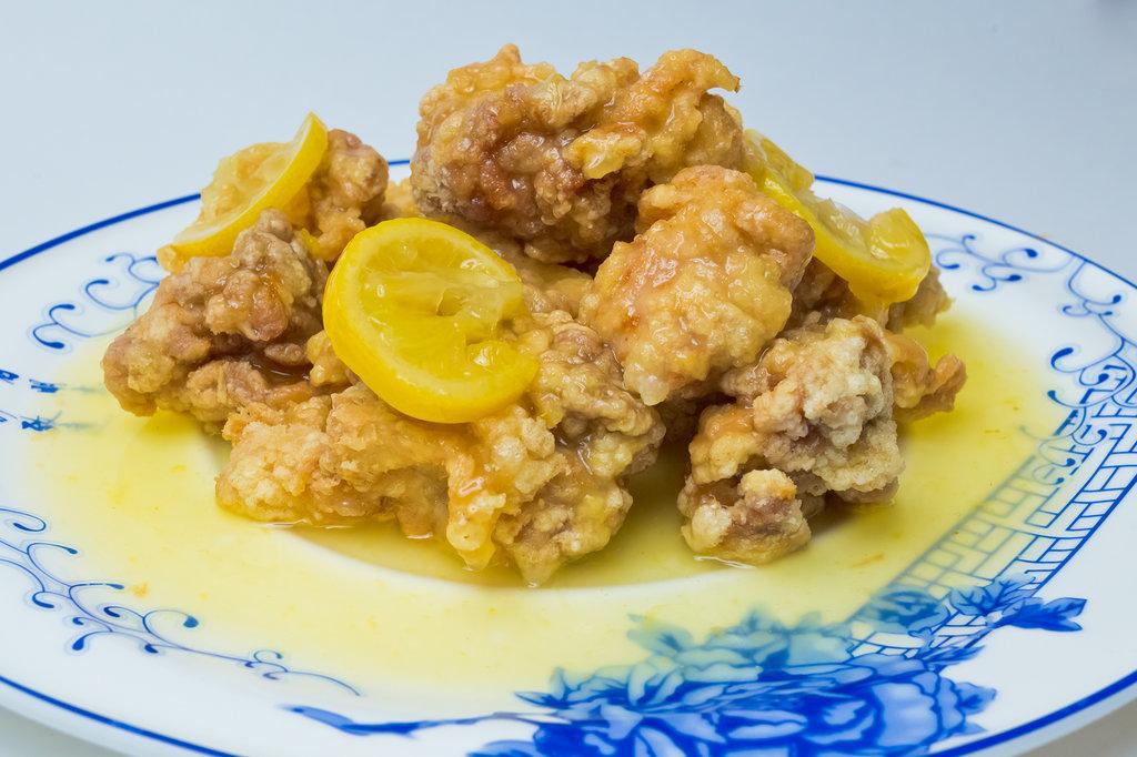 Горячие блюда: Курица в лимонном соусе в Шанхай