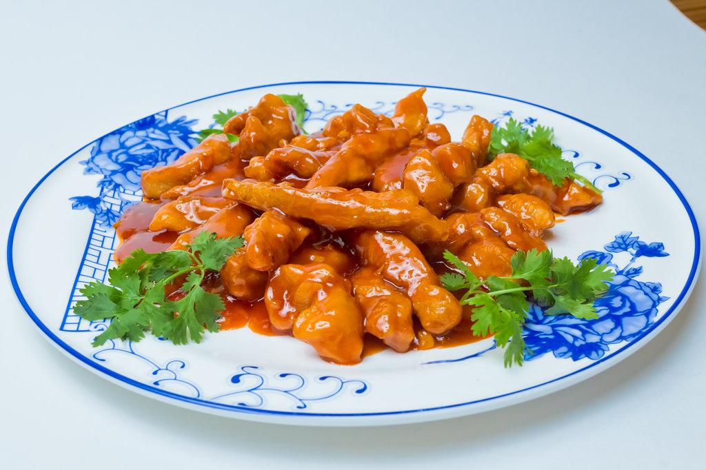 Горячие блюда: Свинина в кисло-сладком соусе в Шанхай